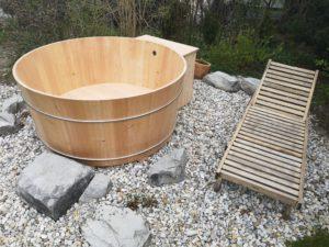 Balubad Außenbadewanne rund in Lärchenholz